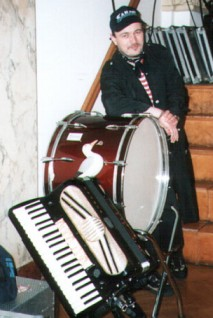 Karsten with instruments...